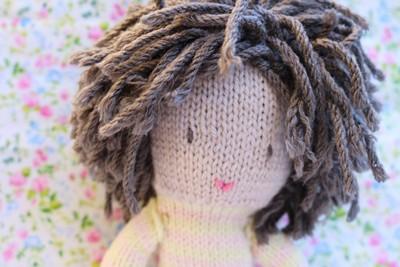 poupee-laine-cheveux