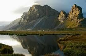 paysage islandais lune de nacre